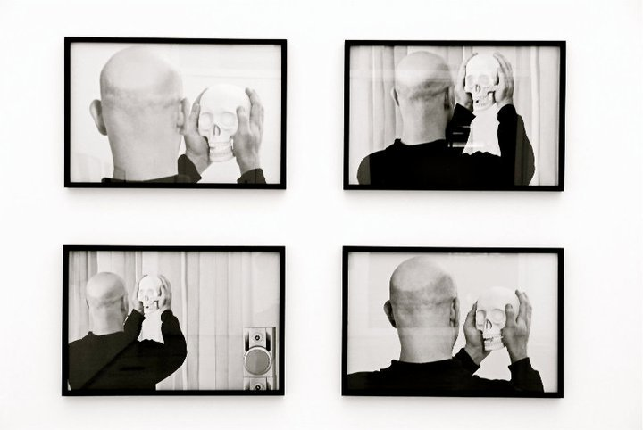 Carlos Mélo. Série Emissâo I, II, III e IV, 2011. Galeria Kogan Amaro.