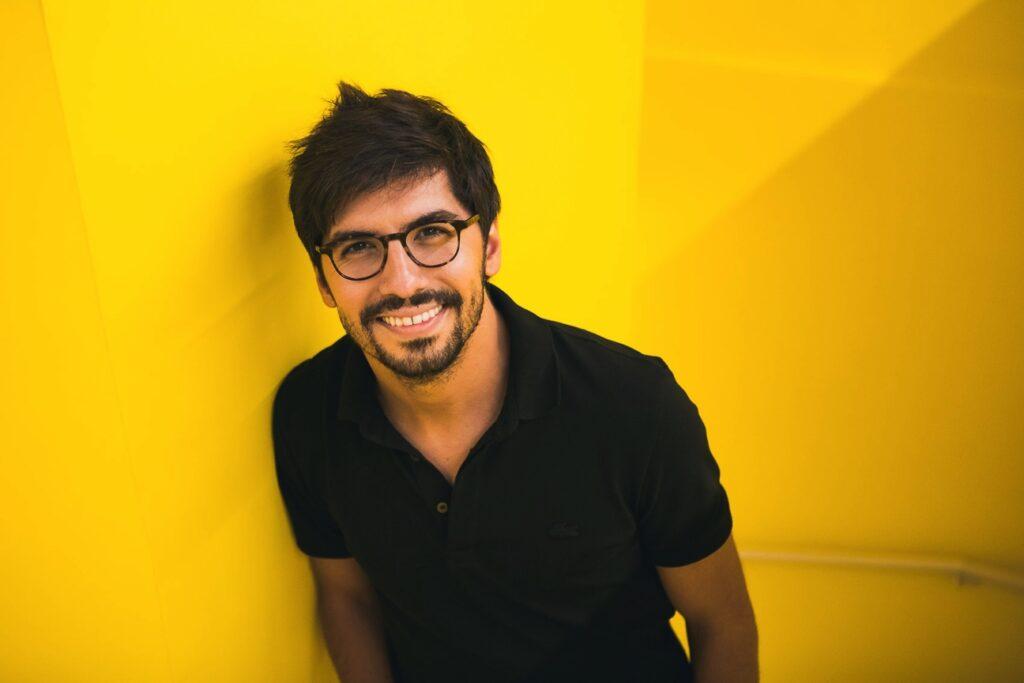 Lucas Cimino, galerista à frente da Zipper Galeria – foto de Gui Gomes cedida por Lucas Cimino